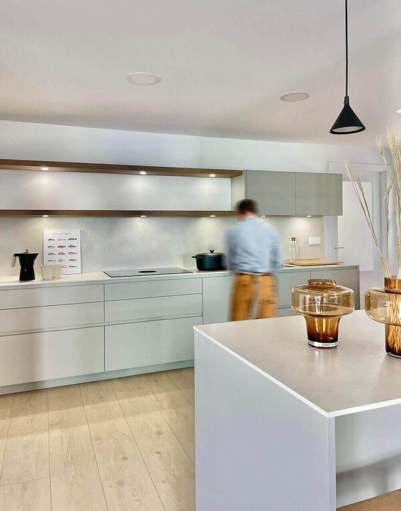 Cocina del proyecto de interiorismo en Marqués de Cenia de Trends Studio