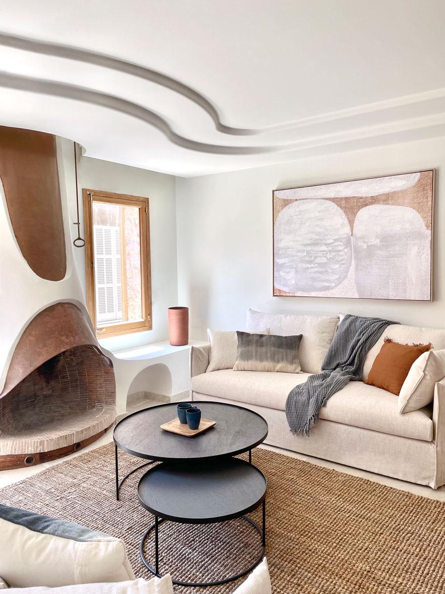 Salón - Interiorismo casa modernista en pollensa