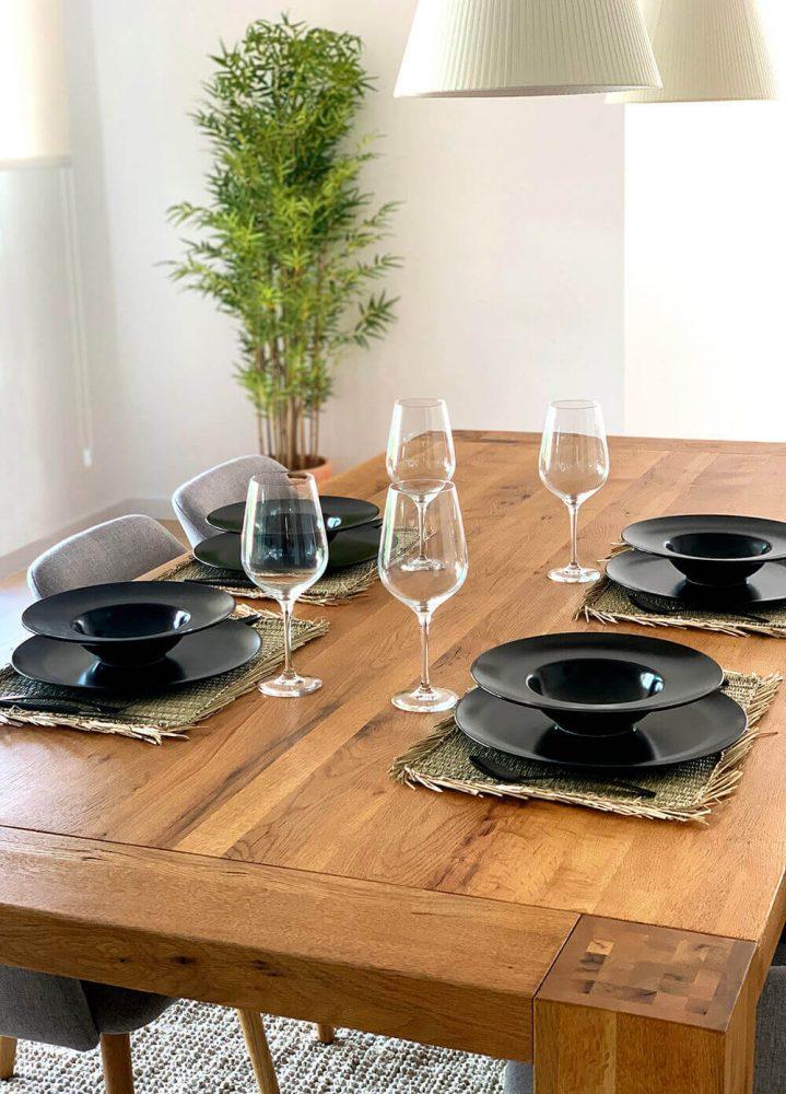 Comedor funcional y acogedor del proyecto de interiorismo en Marqués de Cenia de Trends Studio